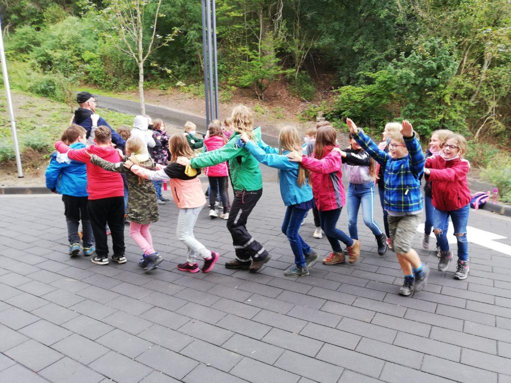 Eindrücke von der Kennenlernfahrt der Fünftklässler. (Foto: C. Schlott)